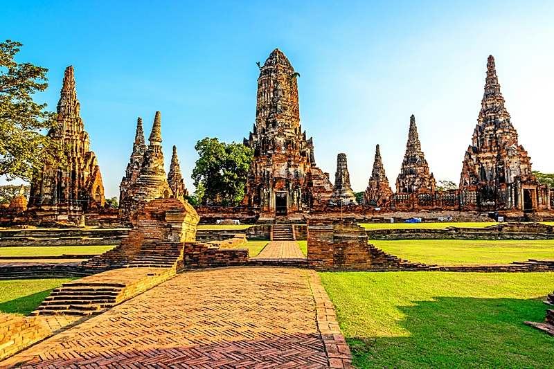 culture at thai temple A short overview of thai religion, theravada buddhism, will help you to understand thai culture a little better, and it will enrich your vacation.